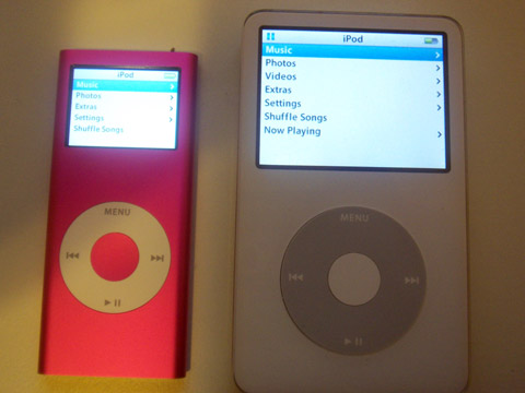 Side by side: 2g iPod nano and 5G iPod