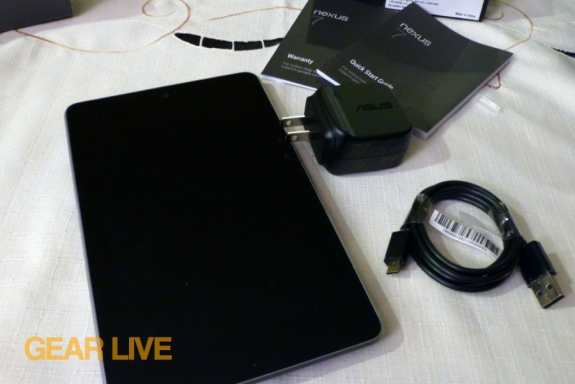 Nexus 7 with accessories