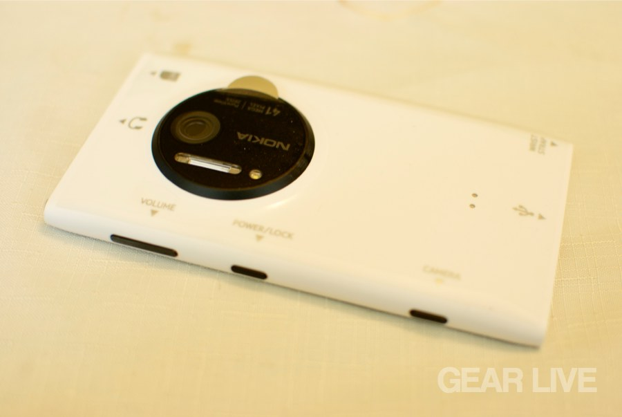Nokia Lumia 1020 rear