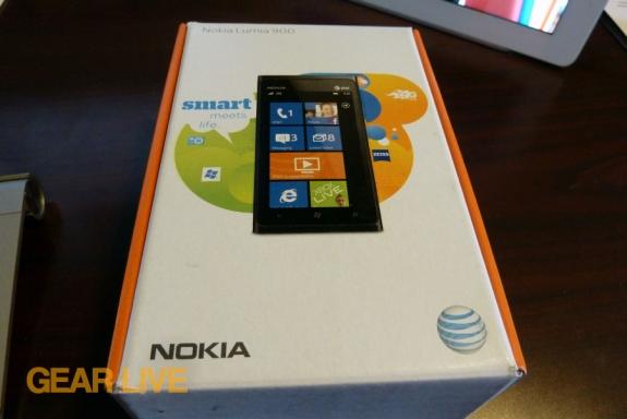 Nokia Lumia 90 box face