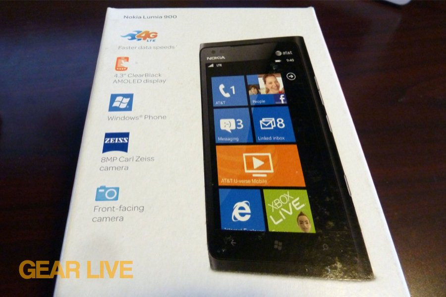 Back of the Nokia Lumia 900 box