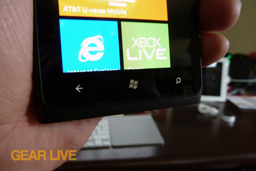 Nokia Lumia 900 controls