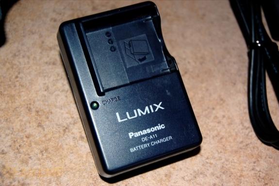 Panasonic Lumix LX3 battery charger