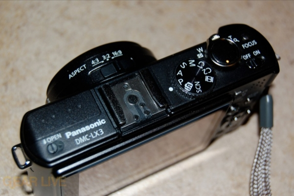 Panasonic Lumix LX3 top