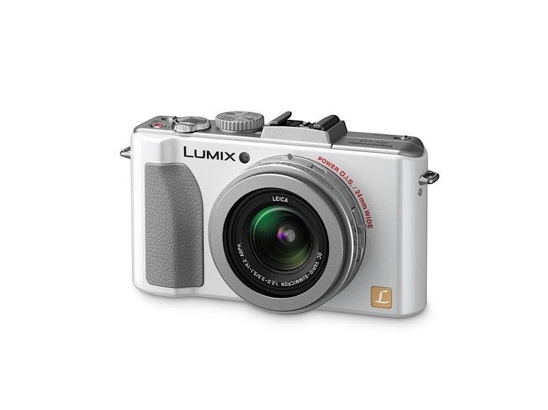 Panasonic Lumix LX5 front