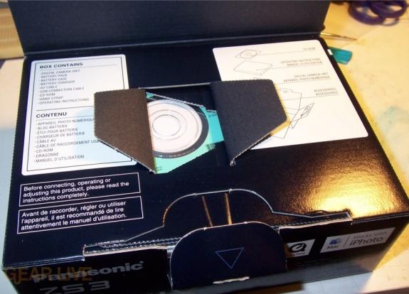 Panasonic Lumix ZS3 lid open
