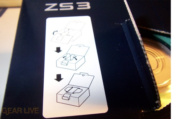 Panasonic Lumix ZS3 box opening instructions