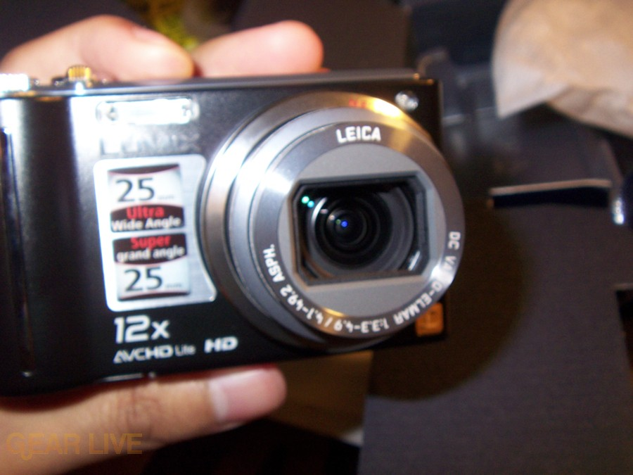 Panasonic Lumix ZS3 front open