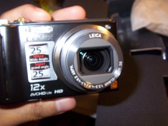 Panasonic Lumix ZS3 front open
