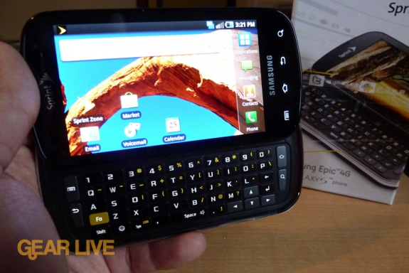 Samsung Epic 4G QWERTY slide-out and box