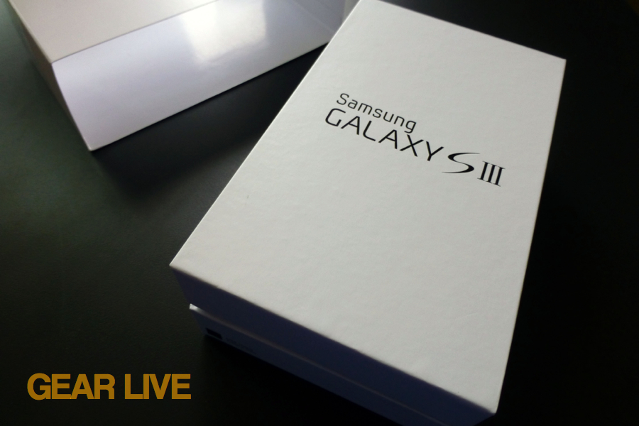 Samsung Galaxy S III inner box