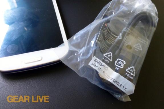Samsung Galaxy S III microUSB cable