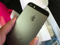 Space Gray iPhone 5s for T-Mobile Test Drive
