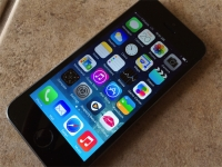 T-Mobile Test Drive iPhone 5s powered on