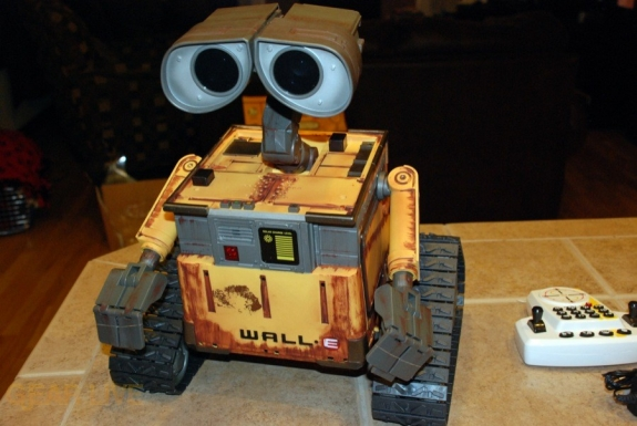 Ultimate Control Wall-E full