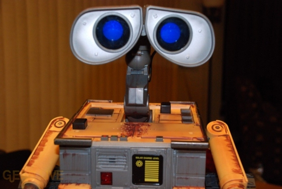 Ultimate Control Wall-E eyes blue