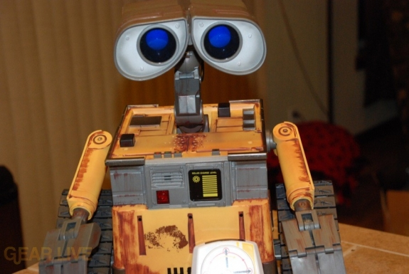 Ultimate Control Wall-E on