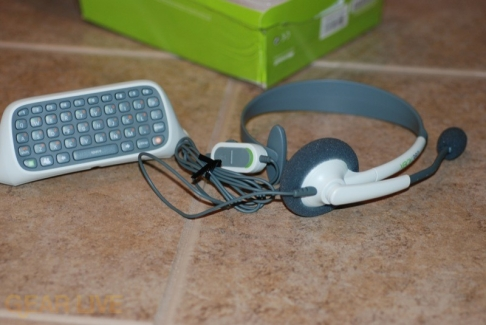 Xbox 360 Messenger Kit: Chatpad and Headset