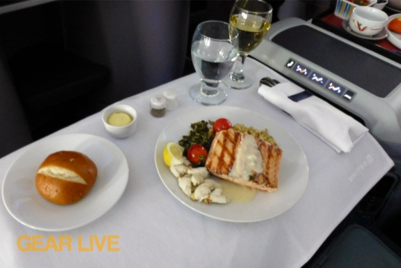 United Boeing 787 Dreamliner BusinessFirst Meals
