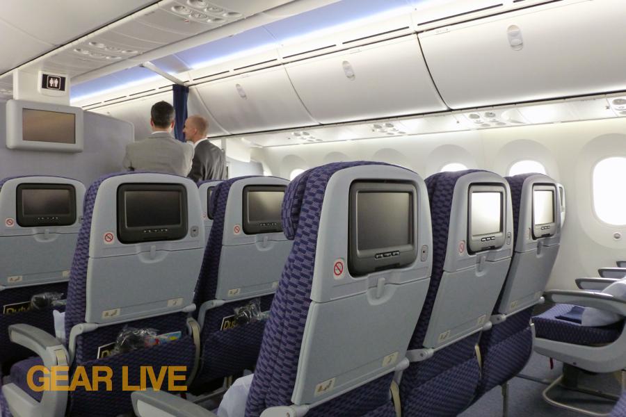 United boeing 787 dreamliner interior united 787 for Interior 787 dreamliner
