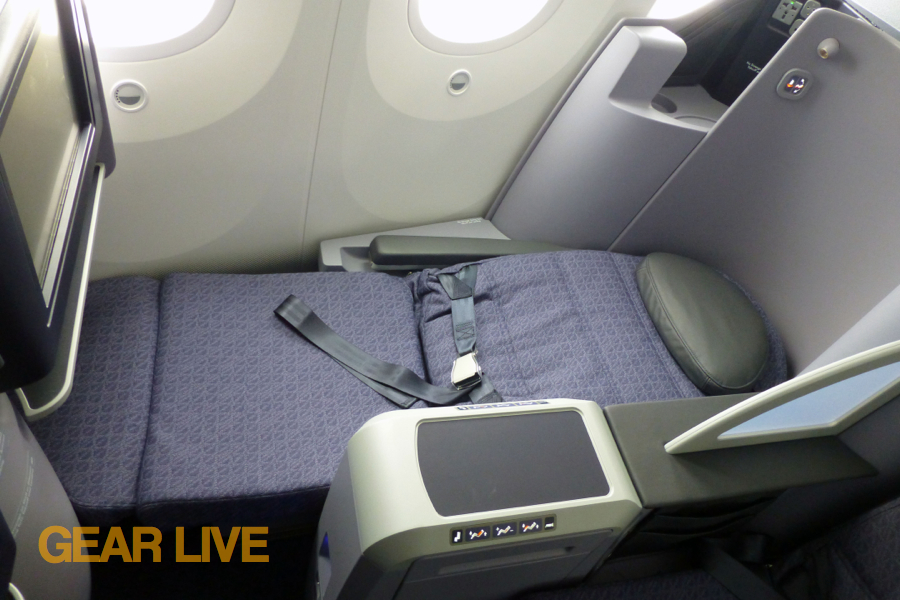 United Boeing 787 Dreamliner Lie-Flat Seats