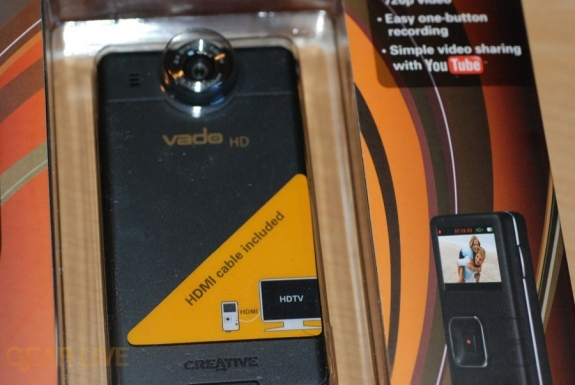 Creative Vado HD in box front