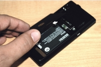 Motorola DROID removable battery