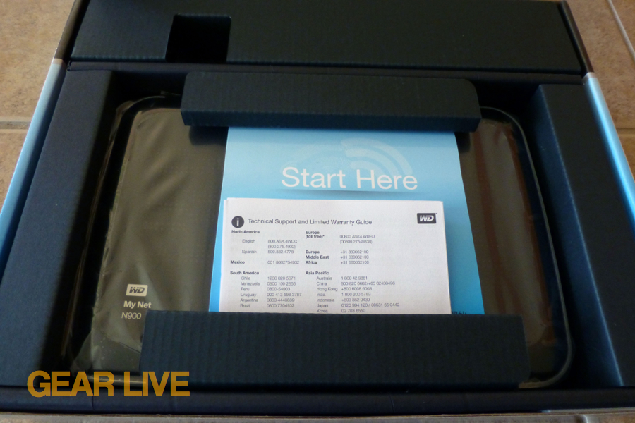 Western Digital My Net N900 HD router inner box