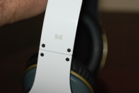 White Beats by Dr. Dre Monster logo