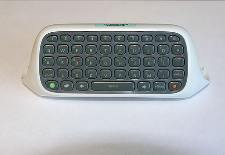 Xbox 360 QWERTY Keyboard