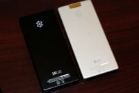 Zune 16 vs Zune 8 - the back