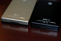 Zune 120 vs Zune 80 bottom back