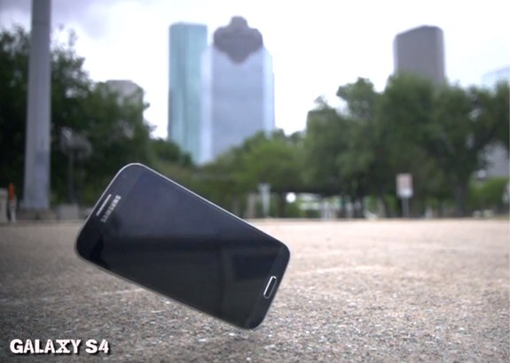 iPhone 5 vs Galaxy S4 Drop Test