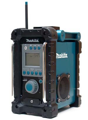 makita radio is on the job gear live. Black Bedroom Furniture Sets. Home Design Ideas
