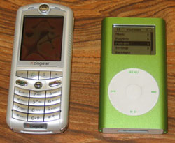 Motorola ROKR vs iPod mini