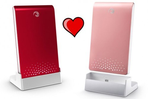 Seagate FreeAgent Pink and Red