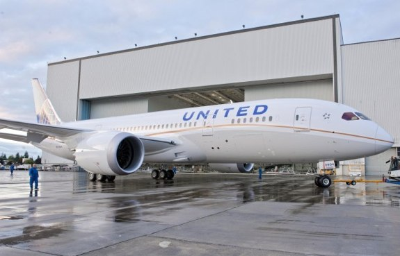 United Air Boeing 787 Dreamliner