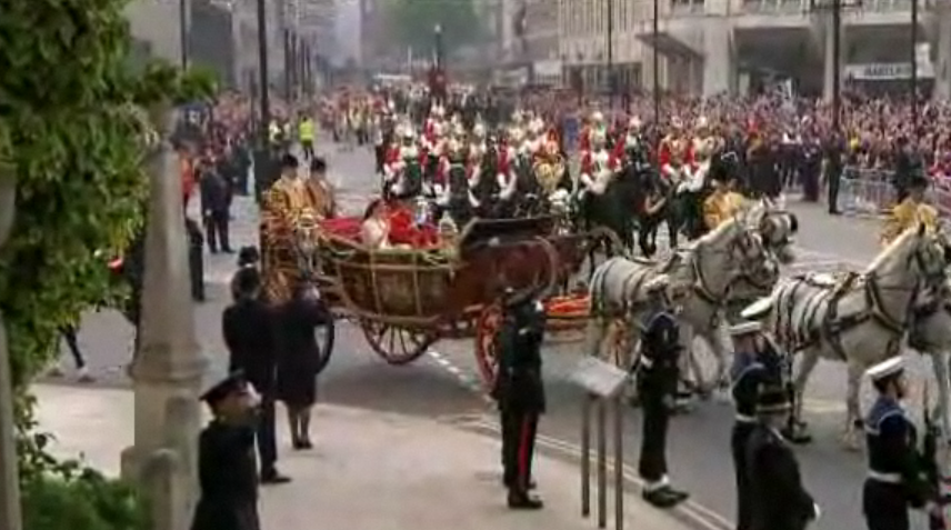 Royal Wedding - Carriage