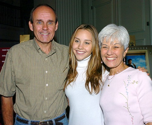 Rick and Lynn Bynes with their daughter Amanda