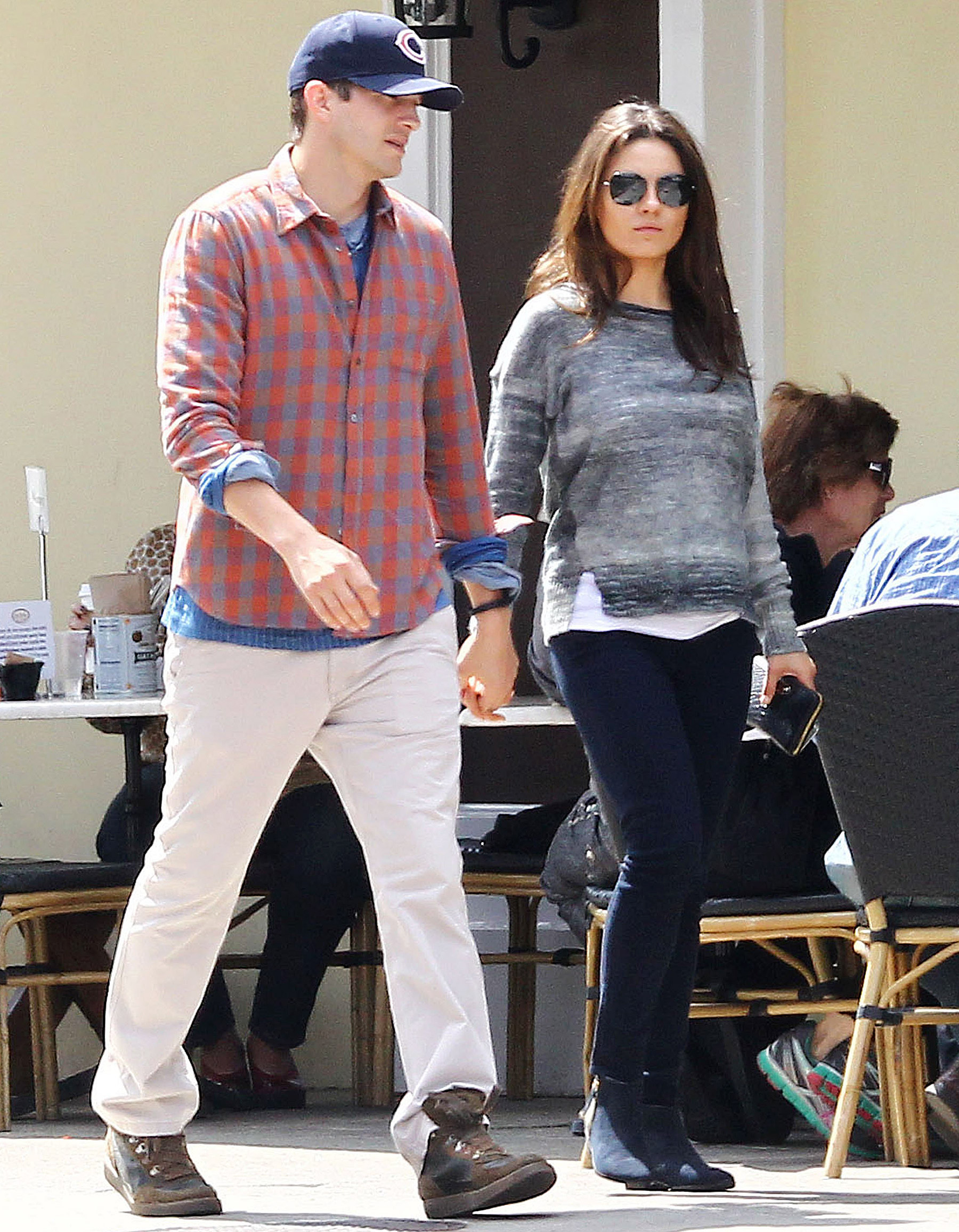 New rumors: Ashton Kutcher and Mila Kunis got married 01/06/2015 47