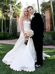 Avril Lavigne and Deryck Whibley wedding