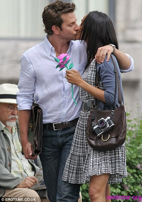 Bradley Cooper and Zoe Saldana