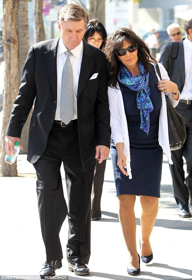 Jamie and Lynne Spears upon leaving the court house