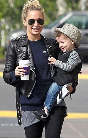 Nicole Richie and her daughter