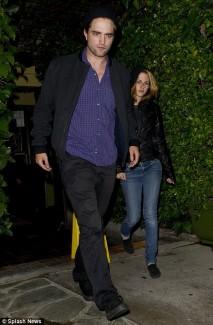 Robert Pattinson and Kristen Stewart leaving dinner