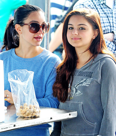 Shanelle Workman and sister Ariel Winter
