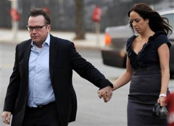 Tom Arnold and wife Ashley
