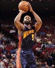 Baron Davis and his beard taking a jumper