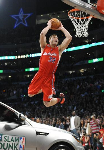 Blake Griffin wins slam dunk contest by jumping over a car