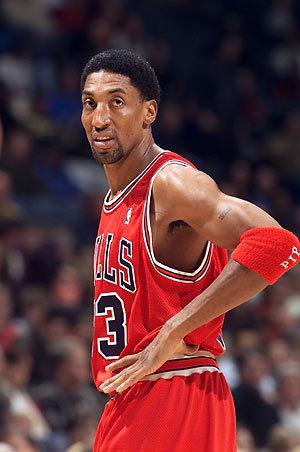 Scottie Pippen says that LeBron James is better than Michael Jordan. Really, Pip?